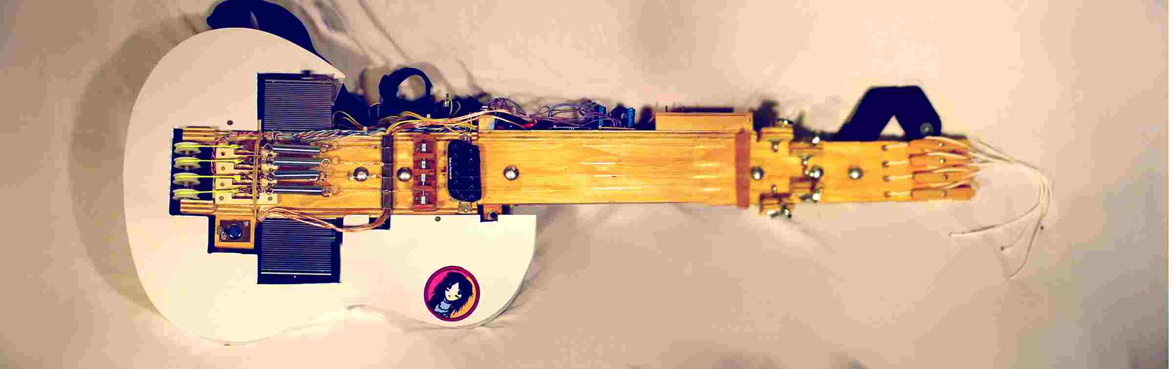 arduino based servoelectric guitar